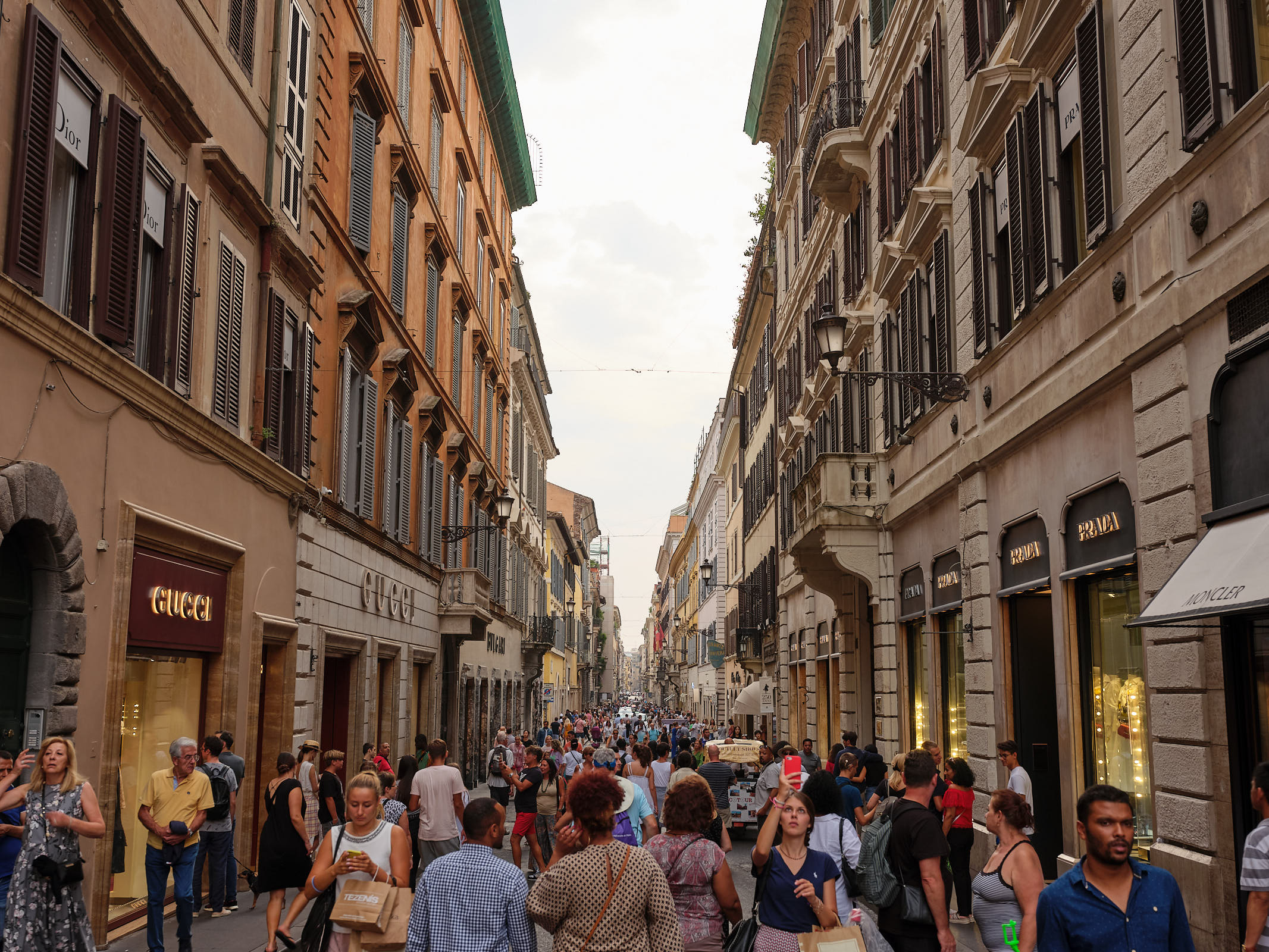 Rome shopping district