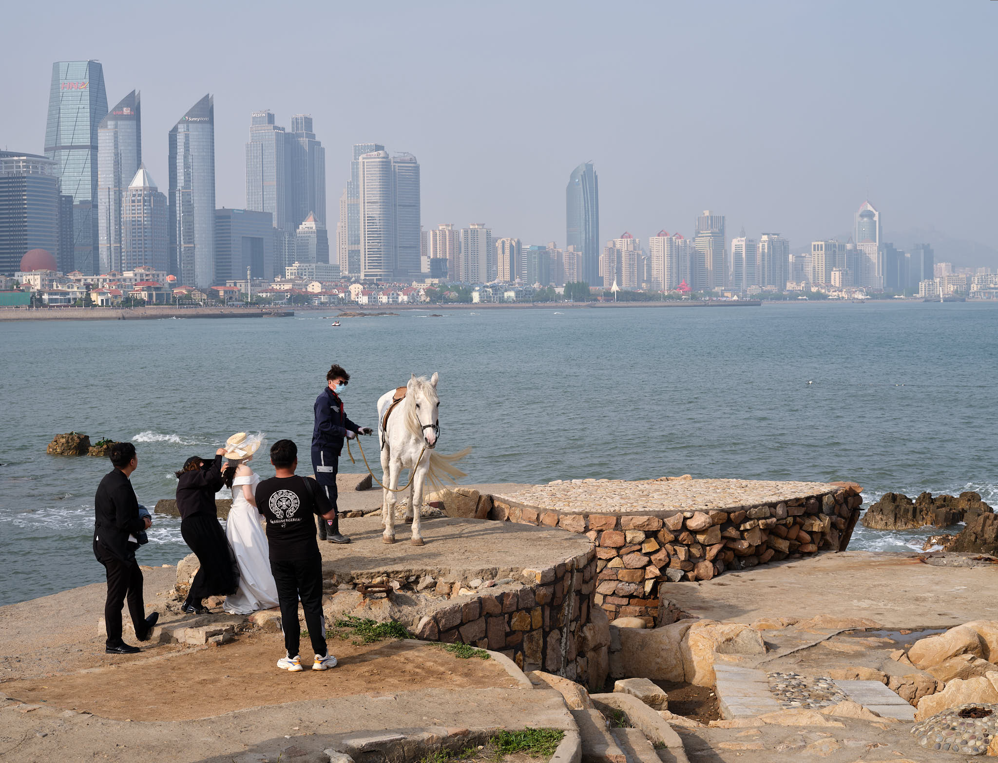 Horse prop for wedding picture in Qingdao